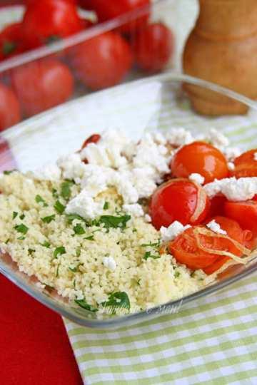 Кускус с магданоз и домати