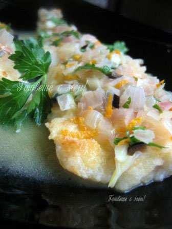 Рибно филе със сос от портокали и магданоз