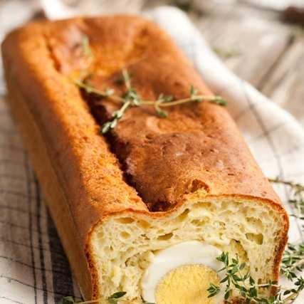Солен кекс с тиквички и яйца